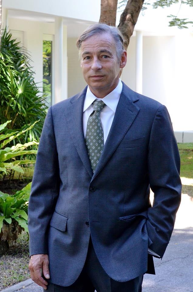 Z.E. Karel Hartogh